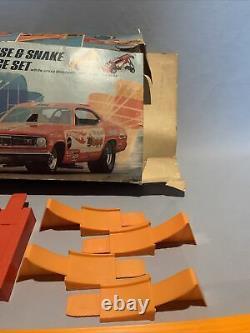 1969 Hotwheels Original Mongoose & Snake Drag Race Set With Cars Redline Rare Find