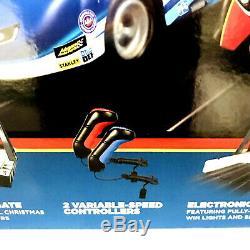 Auto World 1/64 Pro Racing Drag Strip Set Chevy Camaro NHRA Funny Cars New