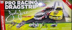 Auto World SRS268/03 Pro Racing Drag Strip