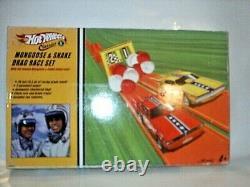 HOT WHEELS CLASSICS 2005 MONGOOSE & SNAKE DRAG RACE SET Factory Sealed
