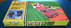 Hot Wheels 2006 Classics Snake & Mongoose Drag Race Set withFunny Cars