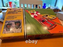 Hot Wheels Classics 2005 Mongoose & Snake Funny Car Drag Race Set H9604