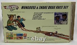 Hot Wheels VW Drag Bus Mongoose & Snake Drag Race Set (1305)