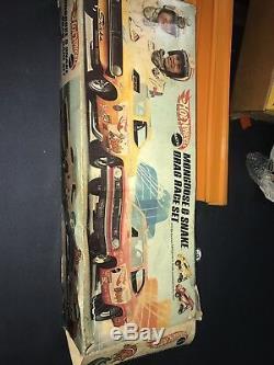 NOS Hot Wheels Redline Mongoose & Snake Drag Race Set Original Box Cars