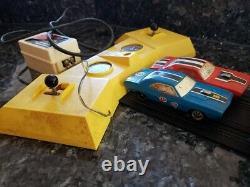 Scat City 1970 Dodge Challenger Drag Race Set Republic Slot Car Mopar RARE