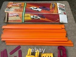 Vtg Mattel Hot Wheels 1967 Drag Race Track Action Set #6202 with Box 98% Complete