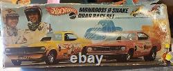 1969 Mongoose & Snake Drag Race Ensemble Avec Hot Wheels Gold Mustang Sizzlers