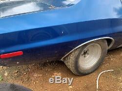 1973 Ford Torino 2 Portes À Toit Rigide Mis En Place Pour Les Courses De Dragsters