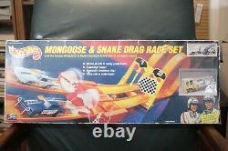 1993 Mattel Limited Hot Wheels Mongoose & Snake Drag Race Set Pré-détenue