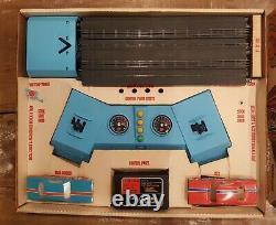 Arrêt Plymouth Super Stock Drag Racing Slot Car Set Complet Avec Box Vintage