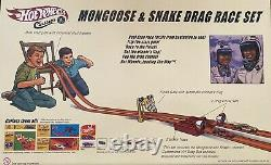 Hot Wheels Classics Mongoose & Snake Vw Bus Drag Race Track Set. Non Ouvert