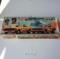 Hot Wheels Redline Snake Mongoose Drag Race Set Near Mint Complete Original Nice