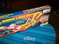 Hot Wheels Snake & Mongoose Drag Race Set Nib