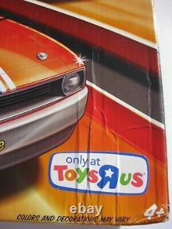 Snake & Mongoose Hot Wheels Drag Race Track Set Toys R Us Promo Ed Autographié